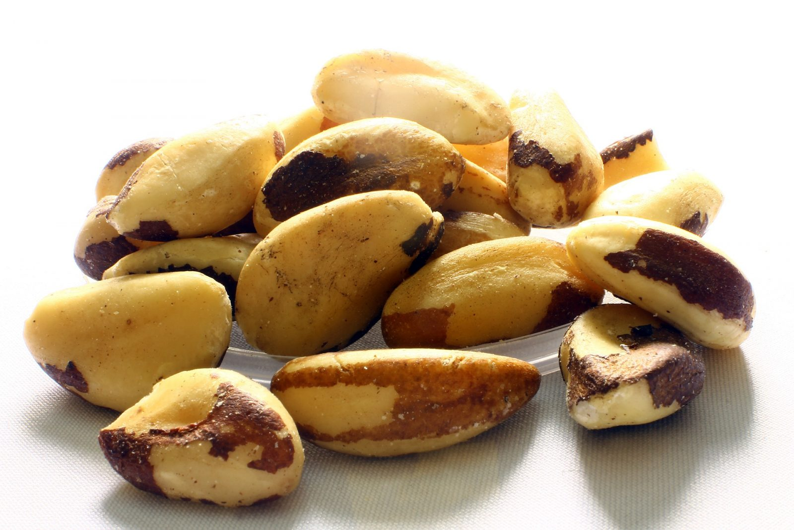 Organic brazil nuts: https://amzn.to/2SzPfE4