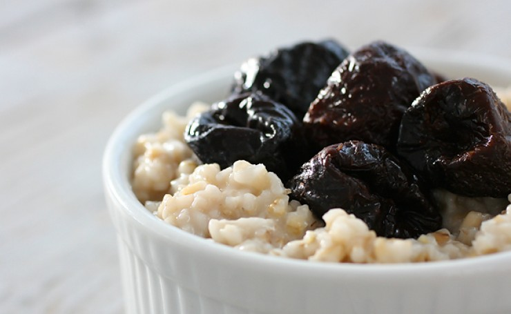 oatmeal with prunes