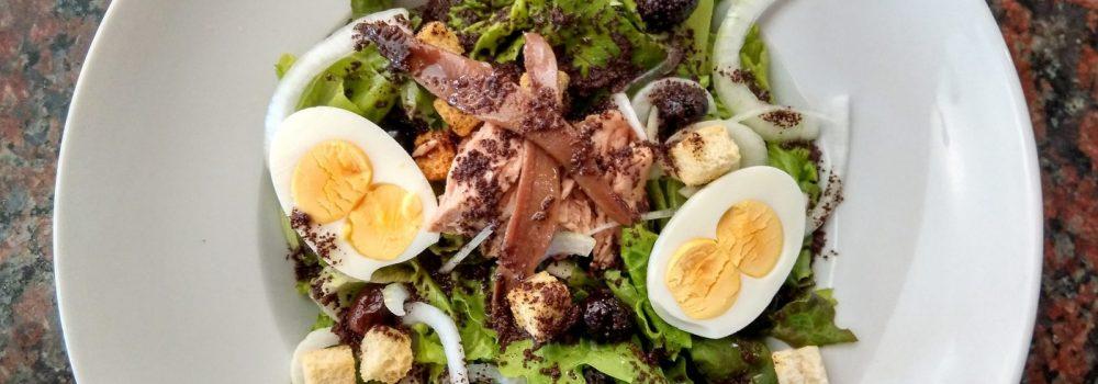 Grilled Tuna Nicoise with Tarragon Mesclun